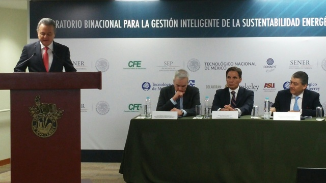 Pedro Joaquín Coldwell, Mexico's Secretary of Energy, speaks during the opening ceremony of the Binational Laboratory for Intelligent Management of Energy Sustainability and Technology Education, April 6, 2016 in Mexico City. (Jerry Gonzalez/ ASU)